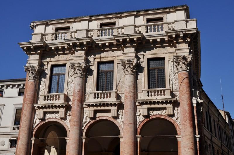 Piazza-dei-signori-Vicenza-raixe venete